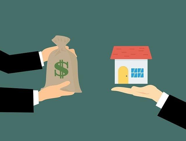 Realtor 3261160 640 - We Buy Houses